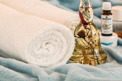 Lerne alles über die Aromatherapie am Institut Sitya